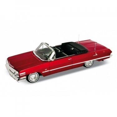 Машинка Welly 22434 Велли Модель винтажной машины 1:24 Chevrolet Impala 1963