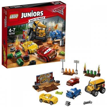 """Конструктор Лего Джуниорс Тачки Гонка """"Сумасшедшая восьмерка"""" Lego Juniors Cars 3"""